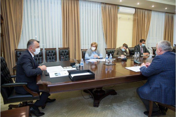 Премьер провёл совещание по вопросам деятельности и аккредитации автошкол