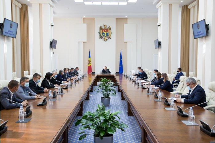 Премьер обсудил проблему водоснабжения населённых пунктов Хынчештского района