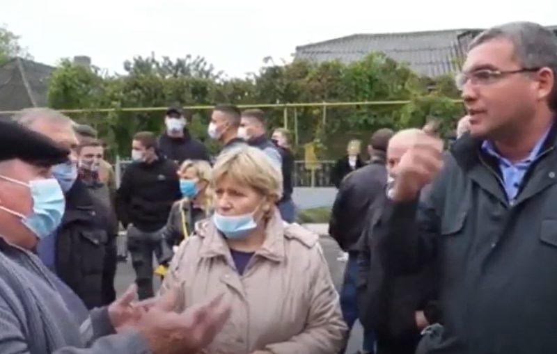 Житель Фалешт – Усатому: У тебя что, нет своей предвыборной кампании? Что за бандитизм? (ВИДЕО)