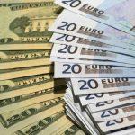 Курсы валют на пятницу и выходные: евро подешевеет на 7 банов