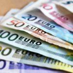 Почти 45 тысяч евро получил адвокат-взяточник от клиента