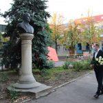 Ион Чебан возложил цветы к бюсту Карла Шмидта: Он лучший примар Кишинёва, мы берём с него пример
