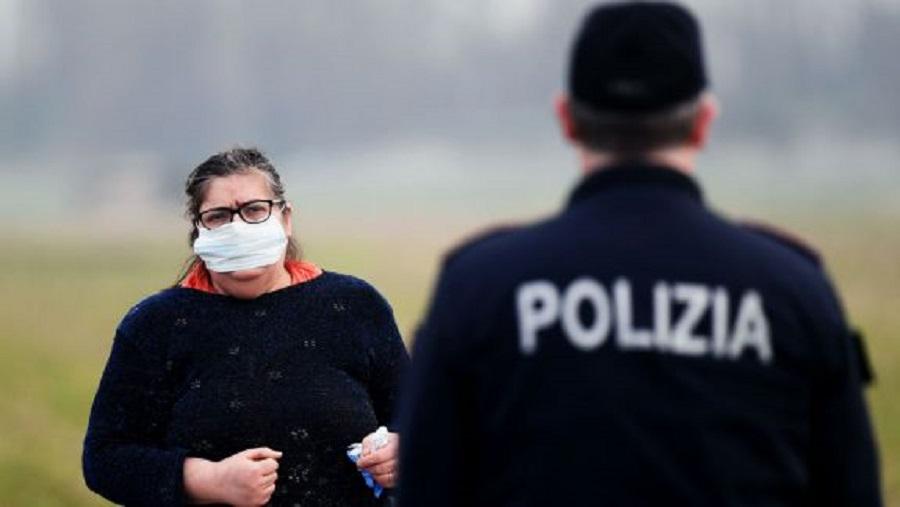 Крупный штраф получила гражданка Молдовы в Италии. Женщина была без маски