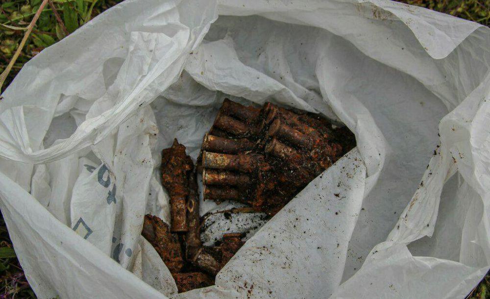 Неожиданная находка: мужчина обнаружил на улице пакеты с патронами