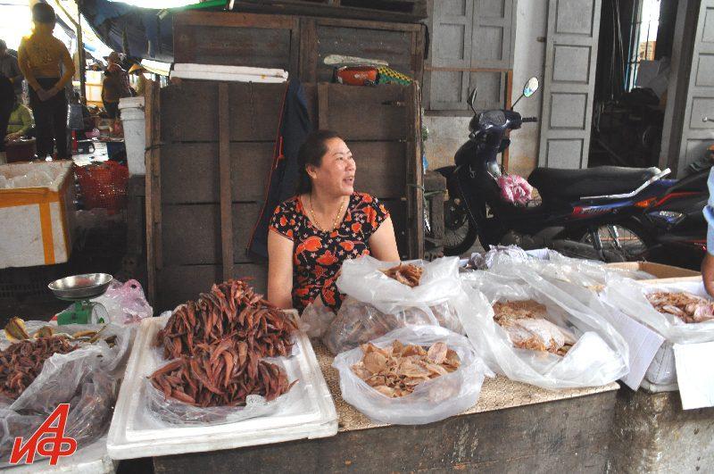 Вьетнам глазами Взорова.  Базары Нячанга 2 часть