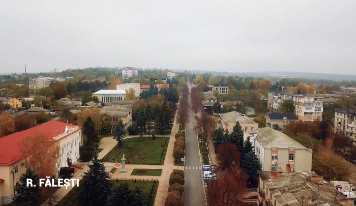 Фалешты голосуют за Додона: Благодаря ему в Молдове происходят перемены! (ВИДЕО)