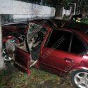 Авария на скользкой дороге: BMW влетел в дерево