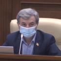 Фуркулицэ – депутату ПДС: В парламенте нужно не медитировать, а работать (ВИДЕО)
