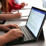 Для столичных школьников закуплено 675 ноутбуков