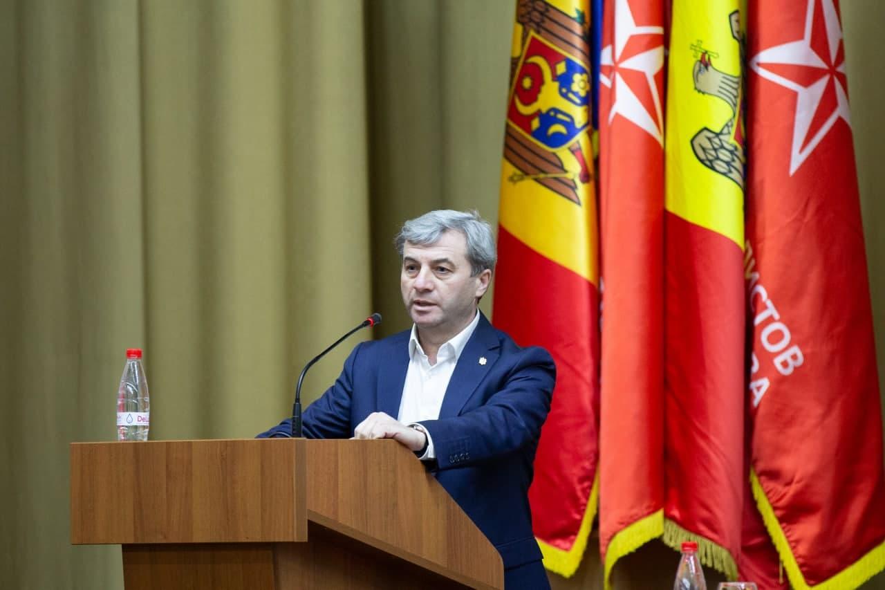 Фуркулицэ: Санду должна руководствоваться интересами граждан, а не партии, которую возглавляла