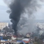 (ОБНОВЛЕНО) На Рышкановке загорелся жилой дом. На место ЧП прибыли 4 пожарных расчёта (ФОТО,ВИДЕО)