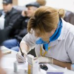 В праздничные дни в столичных поликлиниках будут работать дежурные врачи