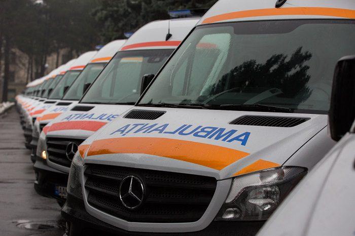 До середины декабря в Молдову доставят 45 машин скорой помощи