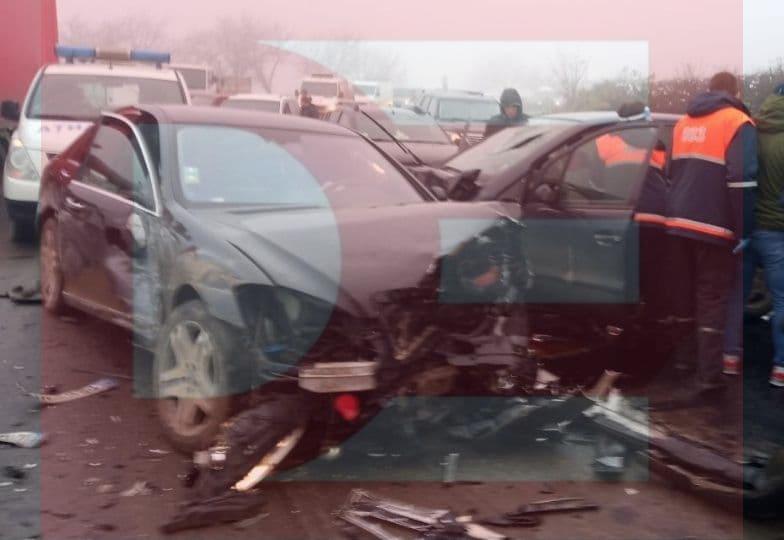 Лобовое столкновение в Хынчештах: четверо пострадавших в больнице
