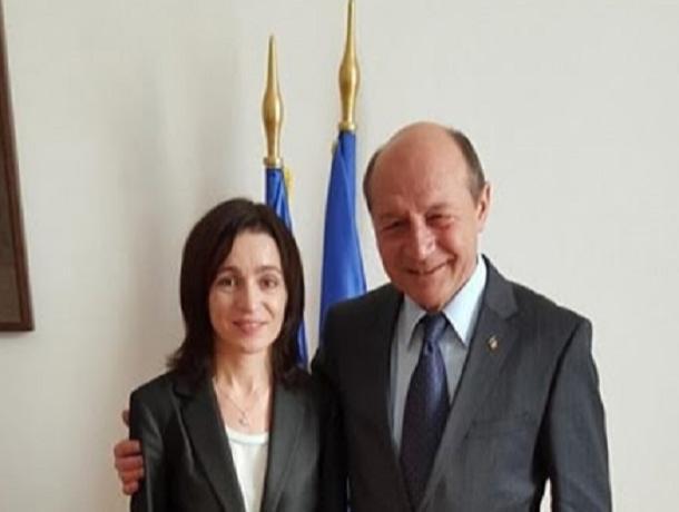 Бэсеску рассчитывает, что Санду вернёт ему отозванное Додоном молдавское гражданство