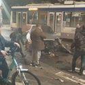 """Серьёзная авария в центре столицы: водитель решил проскочить на """"красный"""" (ВИДЕО)"""