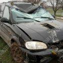 Курьёзное ДТП: водитель снёс дорожный знак, пытаясь уступить дорогу