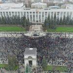 Протестующие снова нарушили движение транспорта в Кишинёве