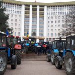 В ходе акции протеста фермеров пострадали трое карабинеров