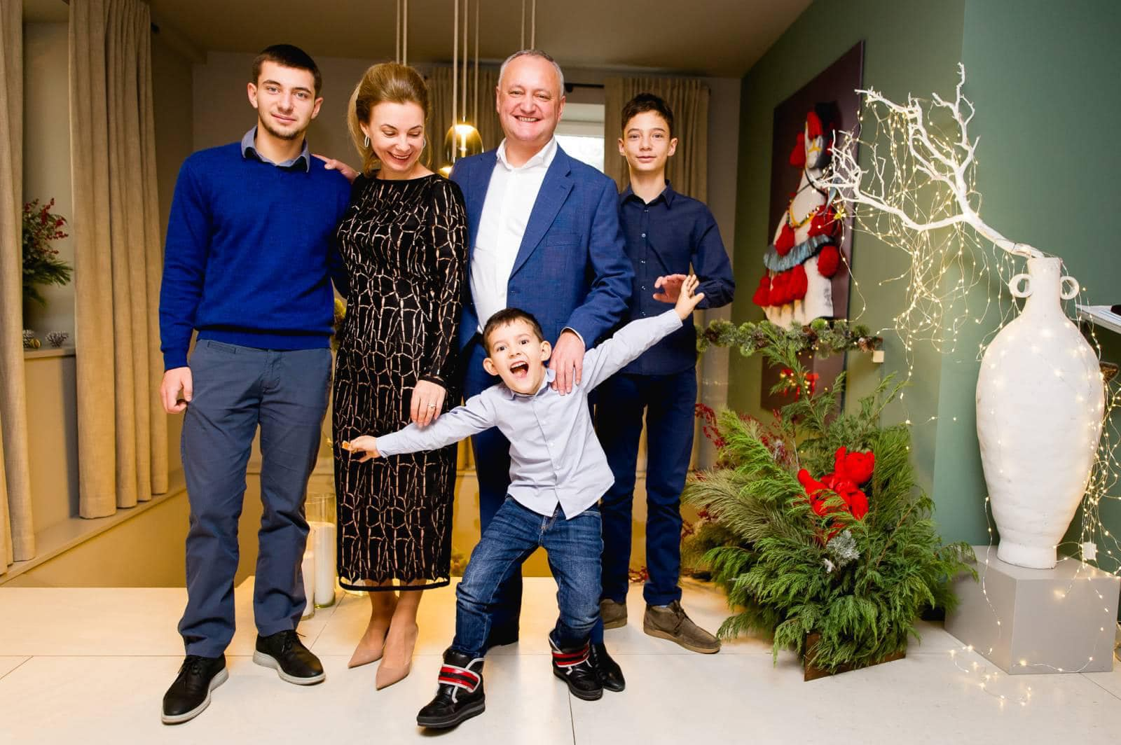 Игорь Додон поздравил граждан с Рождеством