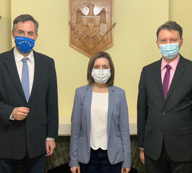 Цырдя о поездке Санду в Брюссель: Поела устриц, пожаловалась на Путина и Додона