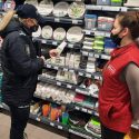 От предупреждений – к штрафам: 8 столичных магазинов наказали за использование пластиковых пакетов (ФОТО)