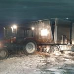"""За минувшую ночь спасатели вызволили из """"снежного плена"""" более 170 автомобилей (ФОТО, ВИДЕО)"""