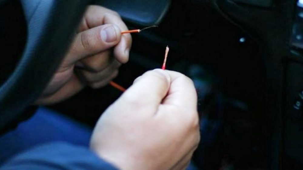 Захотели покататься: двух подростков будут судить за угоны автомобилей