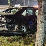 ДТП в столице: BMW влетел в дерево (ФОТО)