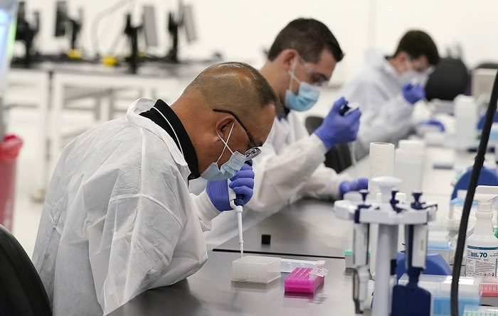COVID-ситуация в мире: число жертв коронавируса приближается к 2 млн