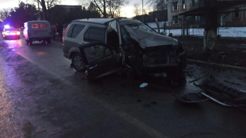 В Штефан-Водэ произошло ДТП с участием полицейского. Пассажир скончался на месте