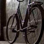 Наглый вор угнал велосипед из-под носа хозяина