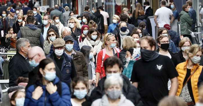 COVID-ситуация в мире: по оценкам ВОЗ, второй год пандемии может оказаться более тяжелым