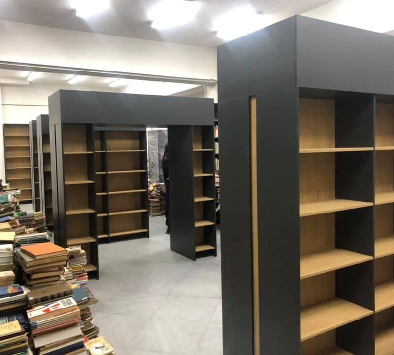 В столичной библиотеке имени Ломоносова появилась новая мебель (ФОТО)