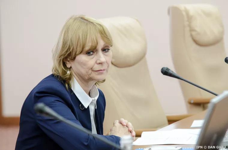 Несоответствия в декларациях об имуществе Аллы Немеренко: банковские счета появляются и исчезают, квартира то есть, то нет