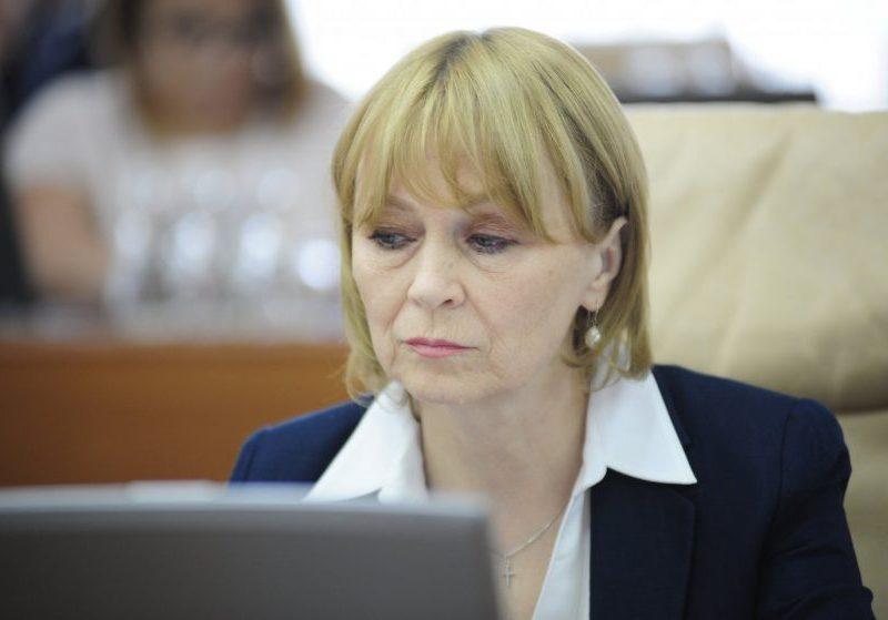 Немеренко не хочет отвечать на вопросы журналистов о пандемии (ВИДЕО)