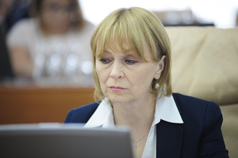 Дарованная о Немеренко: Она бы ещё потребовала запретить СOVID-19 через суд!