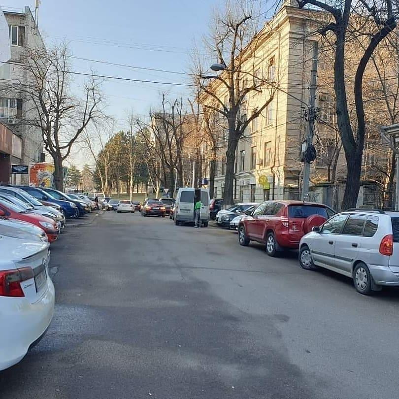 Чебан: На участках, выделенных под парковки, были построены многоэтажные дома
