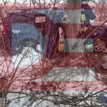ДТП на трассе: такси влетело в дерево, пассажира зажало в салоне