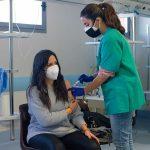 В ВОЗ дали рекомендации привившимся от COVID-19