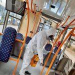 Коронавирус не пройдёт: как защищают от COVID-19 пассажиров столичных троллейбусов