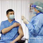 Свыше 750 медработников привились в первый день кампании по иммунизации против COVID-19