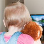 Несчастный случай в Бендерах: телевизор упал на голову двухлетнему ребёнку