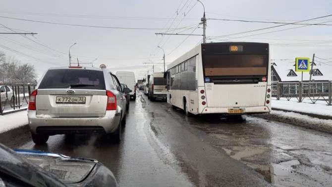 Ехал по встречной: пьяного водителя фуры из Молдовы задержали в России