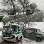 """Водитель выехал на """"встречку"""": в аварии на трассе пострадали 5 пассажиров автобуса"""