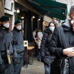 COVID-ситуация в мире: Исландия открывается для привитых туристов, а в Петербурге разрабатывают вакцину от коронавируса в виде ряженки