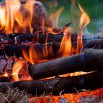Пенсионер упал в костёр и получил сильные ожоги