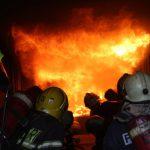 Подробности пожара в столице: из многоэтажки эвакуировали жильцов