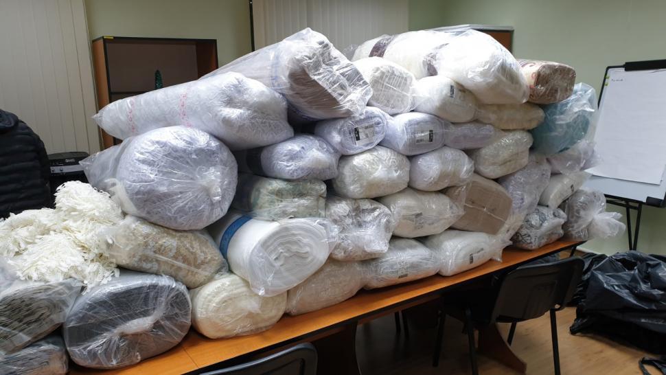 Перевозили без документов: на границе изъяли товары на 250 тысяч леев