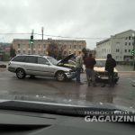 В центре Чадыр-Лунги два водителя не смогли поделить дорогу (ВИДЕО)